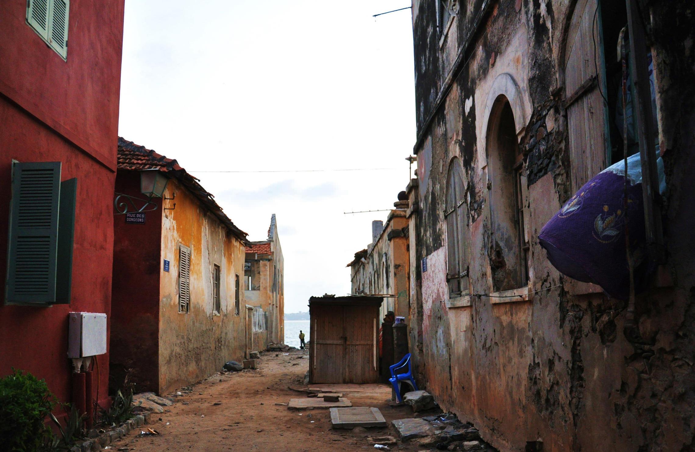 Sénégal, rue sur l'île de Gorée