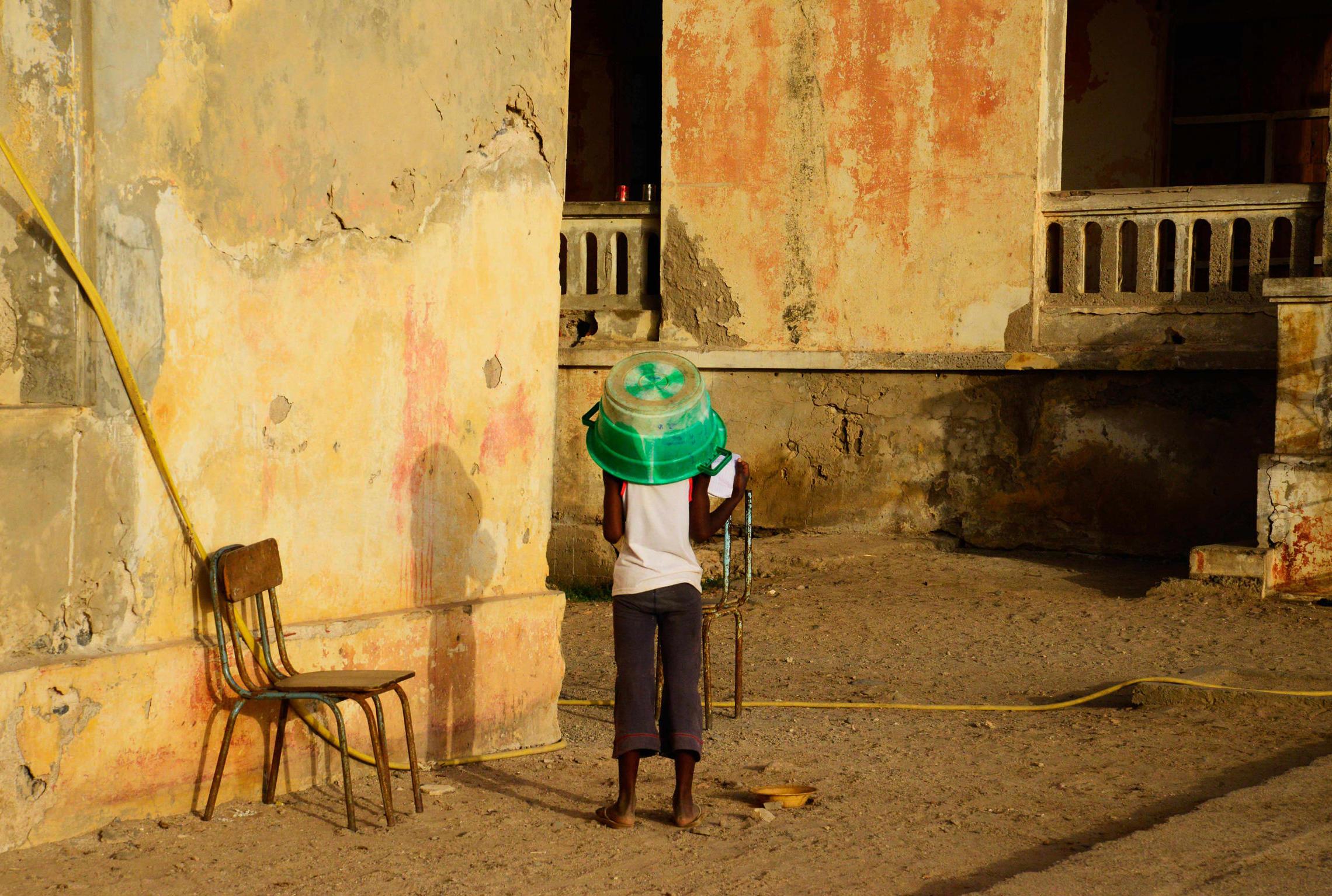 Sénégal, île de Gorée enfant