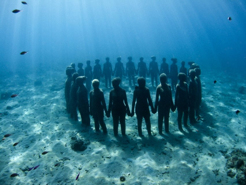 Vicissitudes - www.underwatersculpture.com