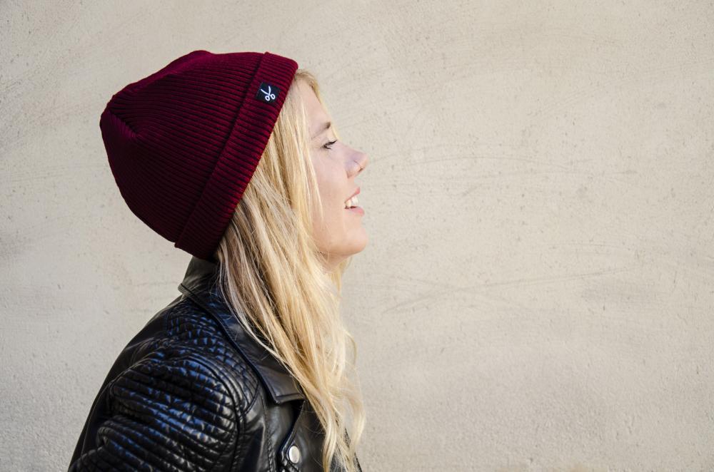 bonnet miki rouge