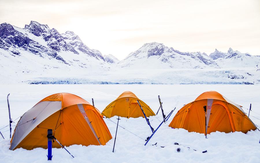 Campement dans le Fjord Ammassalik - Groenland